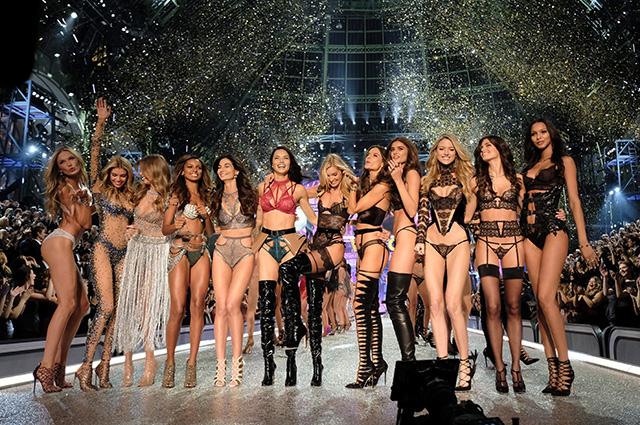 25082017 show 24 - Как модели Victoria's Secret  поддерживают идеальную форму