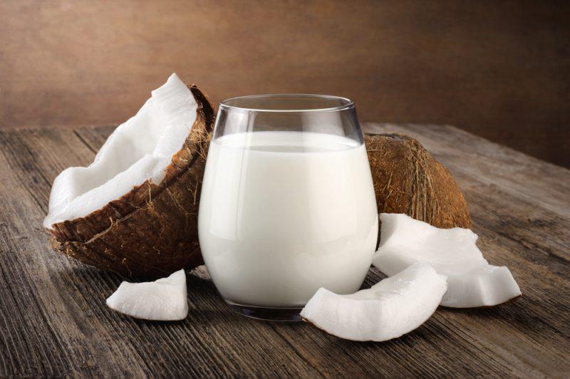 Коровье молоко против растительного - что выбрать?