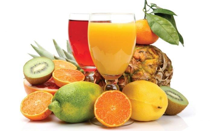 fruits 696x435 - 7 заблуждений о правильном питании