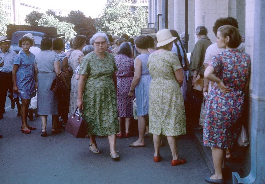 290674 - Особенности женской моды в советские времена