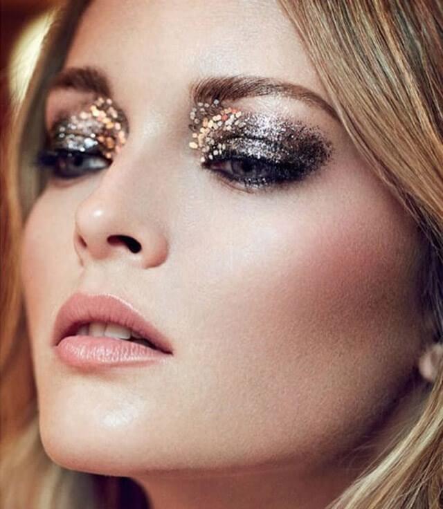 glitter - Макияж на Новый год 2020