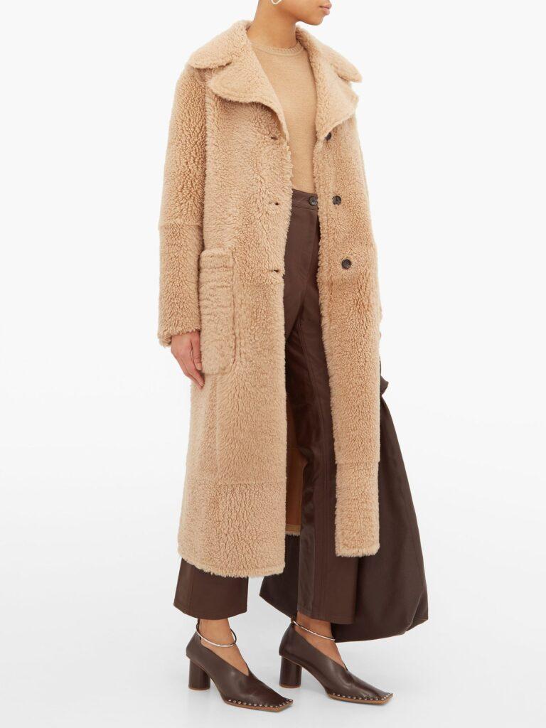 outfit 1279956 1 zoom 768x1024 - Пора утепляться: 7 трендовых вещей для поздней осени 2019