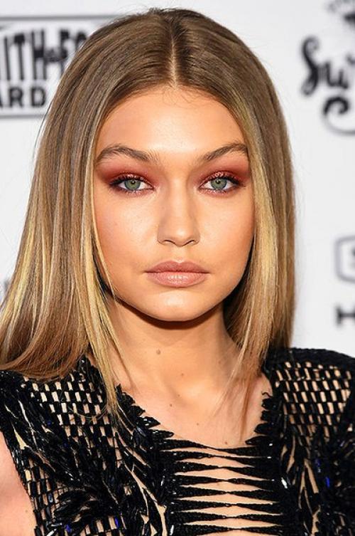 krasnye teni 2 1 - Актуальные тенденции в макияже весны 2020