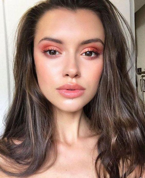 krasnye teni 3 - Актуальные тенденции в макияже весны 2020