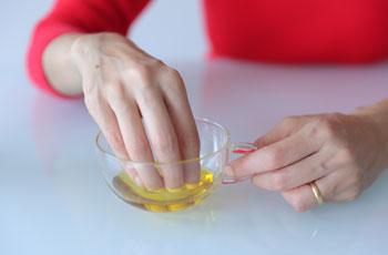 kastorovoe maslo dlya nogtej - Как снять гель-лак дома и не угробить ногти