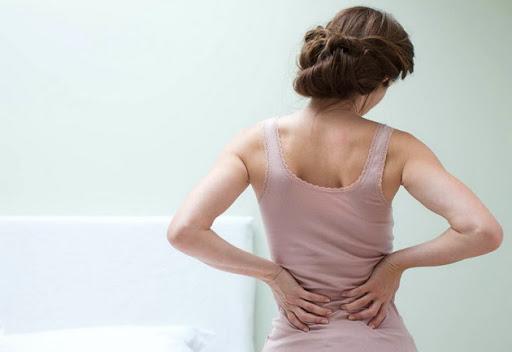 bol v spine - ТОП-3 самых опасных фитнес-упражнений