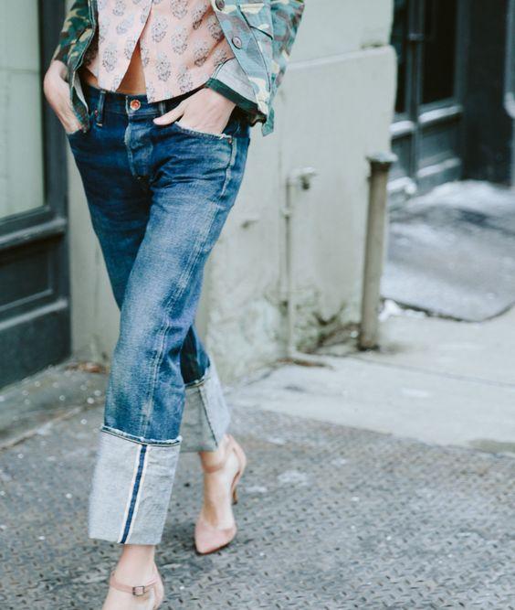 dzhinsy s podvorotami - Самые стильные брюки для лета 2020
