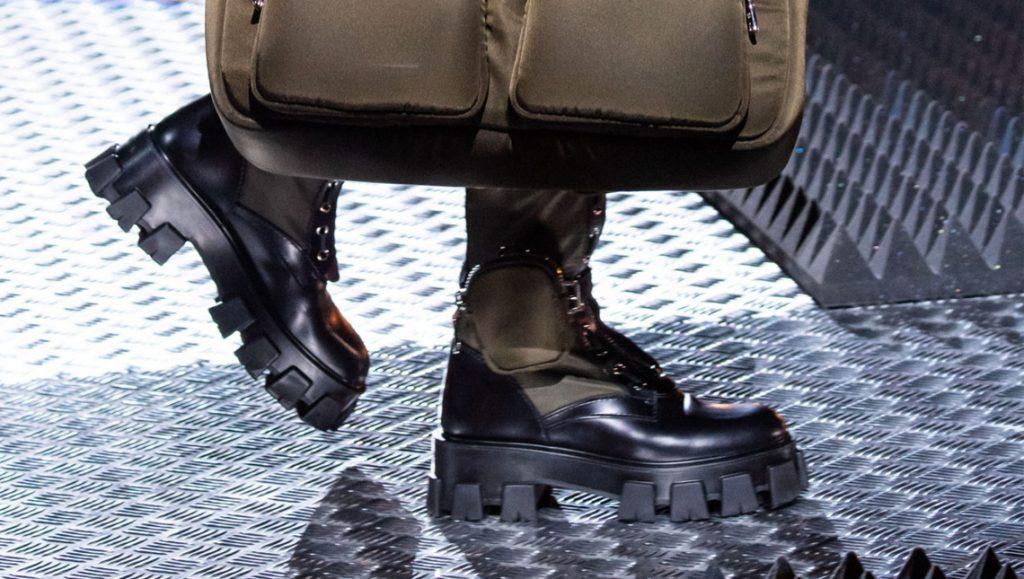 botinki2020 1024x579 - 6 идей стильной обуви на холодную осень 2020