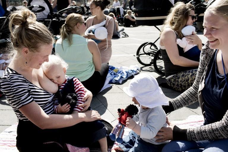 kormlenie grudyu - Грудное вскармливание в общественных местах: да или нет?