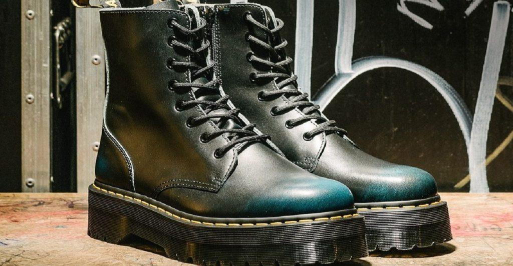massivnye botinki 1024x532 - 6 идей стильной обуви на холодную осень 2020