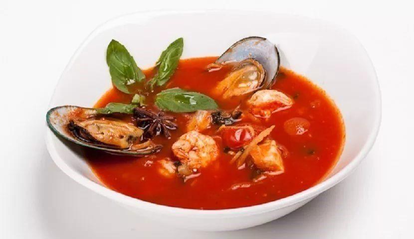 Суп с томатами из морепродуктов