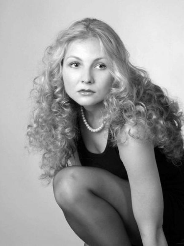 vtoraya zhena Loginova - Что известно о новой жене Виктора Логинова