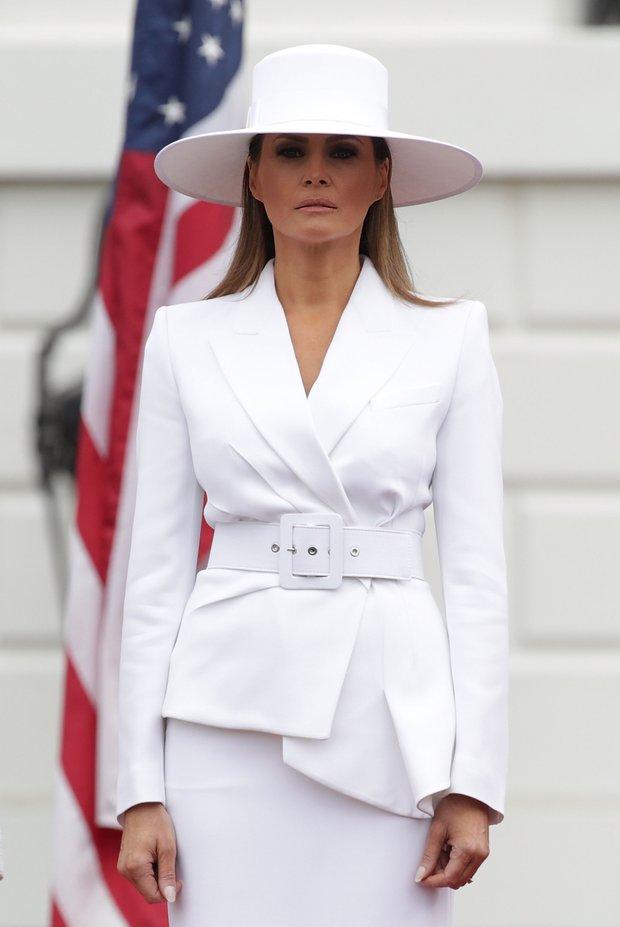 Melaniya3 - Мелания Трамп разводится с мужем? Как первая леди выдерживала деловой стиль и стала иконой моды