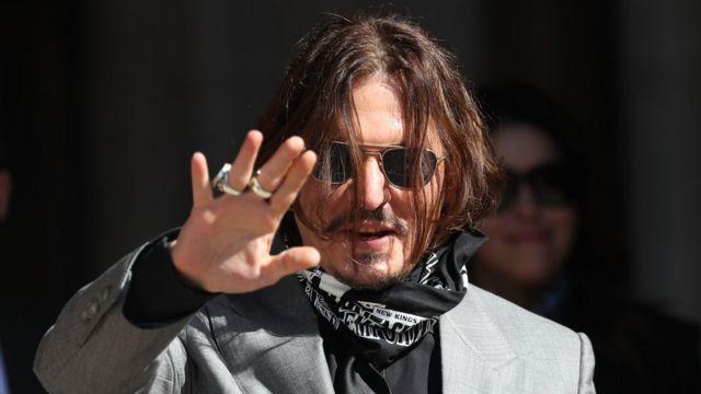 """depp - Почему Джонни Деппа заставили отказаться от роли Грин-де-Вальда в """"Фантастических тварях"""""""