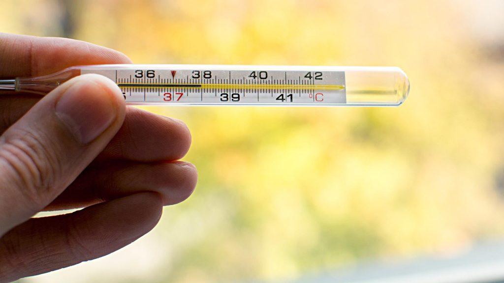 koronavirus 1024x576 - Эксперт Роспотребнадзора сообщил о самом явном симптоме коронавируса