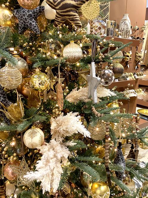 dikij glamur1 - Как украсить елку к Новому году 2021