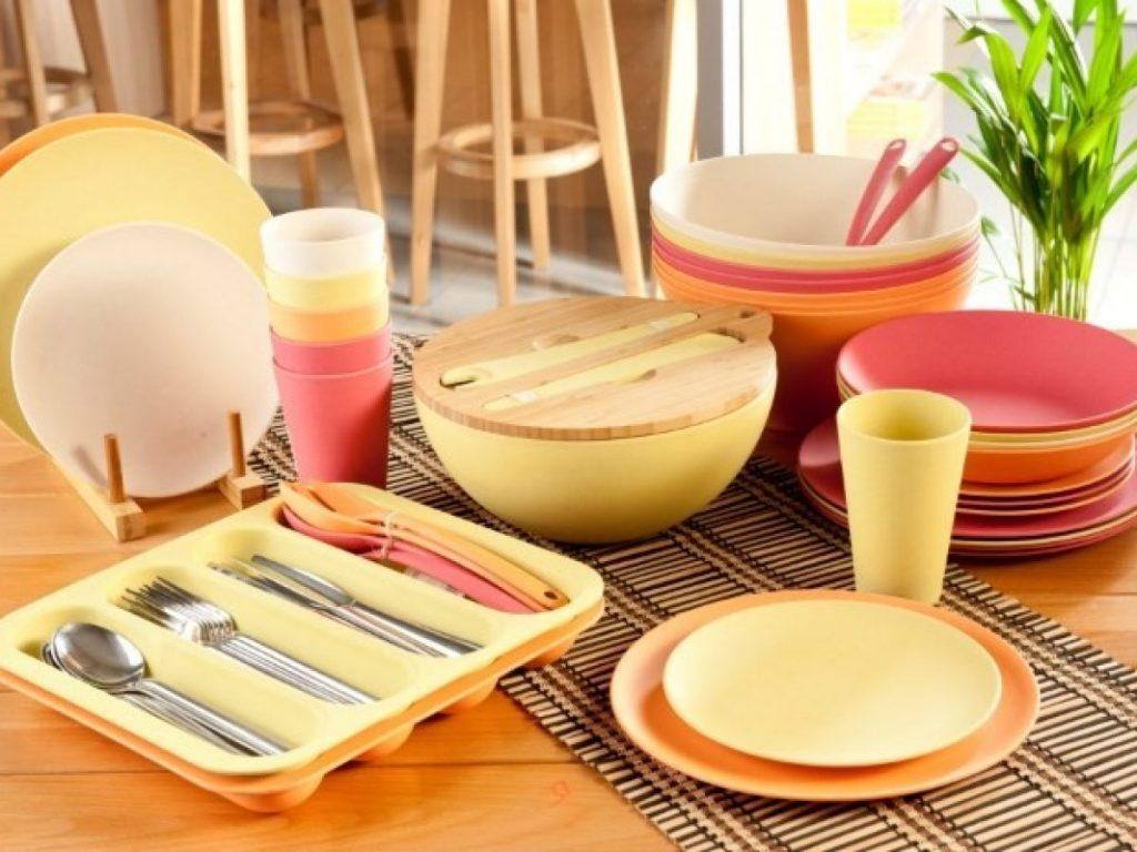набор посуды из бамбука