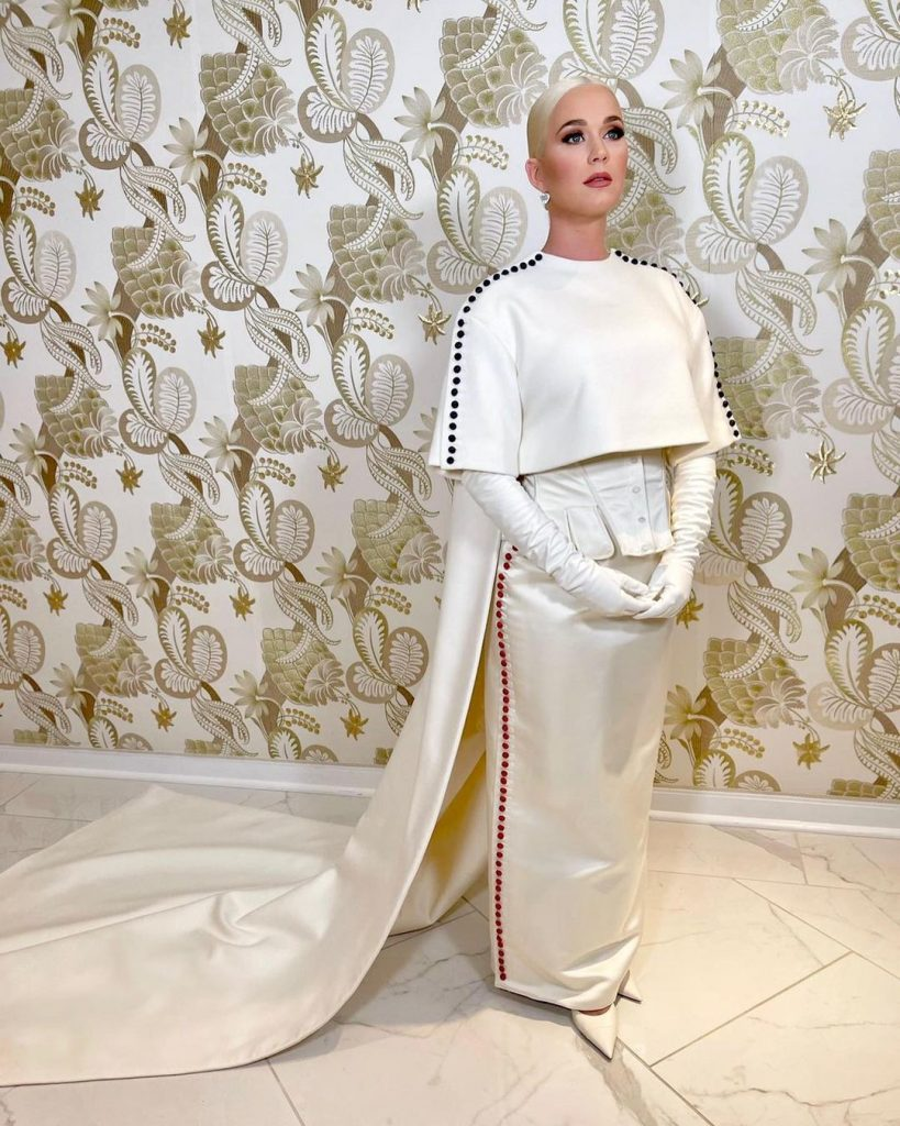 Keti Perri 819x1024 - Инаугурация Байдена - самое модное событие января