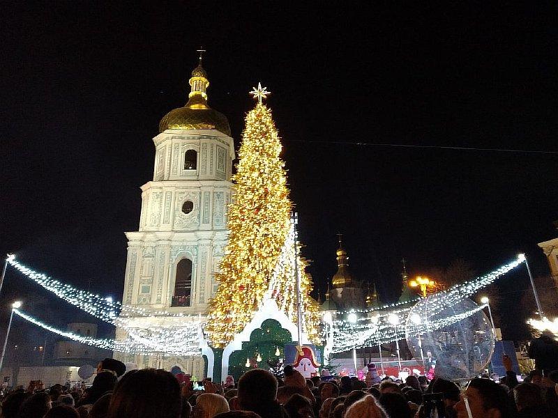 kiev - Самые красивые в мире новогодние елки 2021