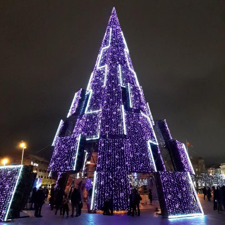 litva - Самые красивые в мире новогодние елки 2021