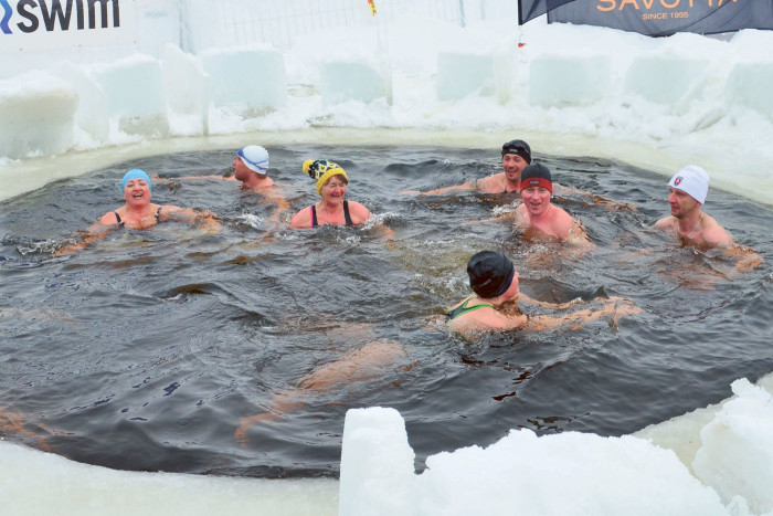зимнее купание для женщин