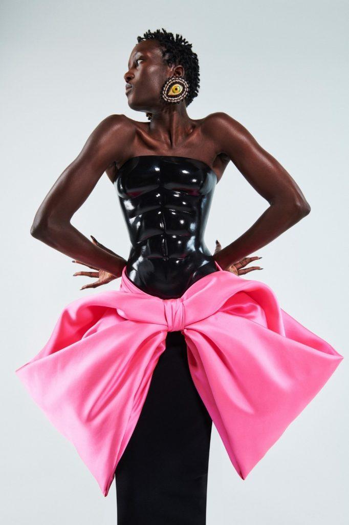 Schiaparelli1 682x1024 - Итоги Недели кутюрной моды в Париже: размышления о пандемии, загрязнении океана и гендерном равенстве
