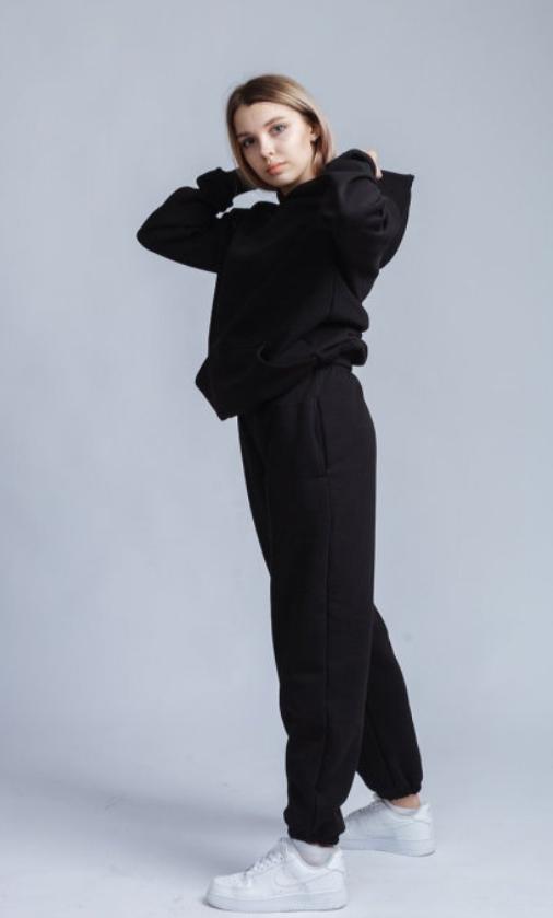 hudi1 - Худи и джоггеры оверсайз – модное решение для весны 2021