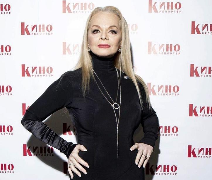 Dolina - Роскошные образы 65-летней Ларисы Долиной: как сейчас выглядит певица