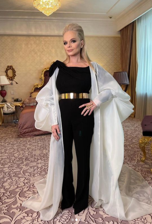 Dolina4 - Роскошные образы 65-летней Ларисы Долиной: как сейчас выглядит певица