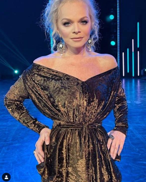 Dolina7 - Роскошные образы 65-летней Ларисы Долиной: как сейчас выглядит певица