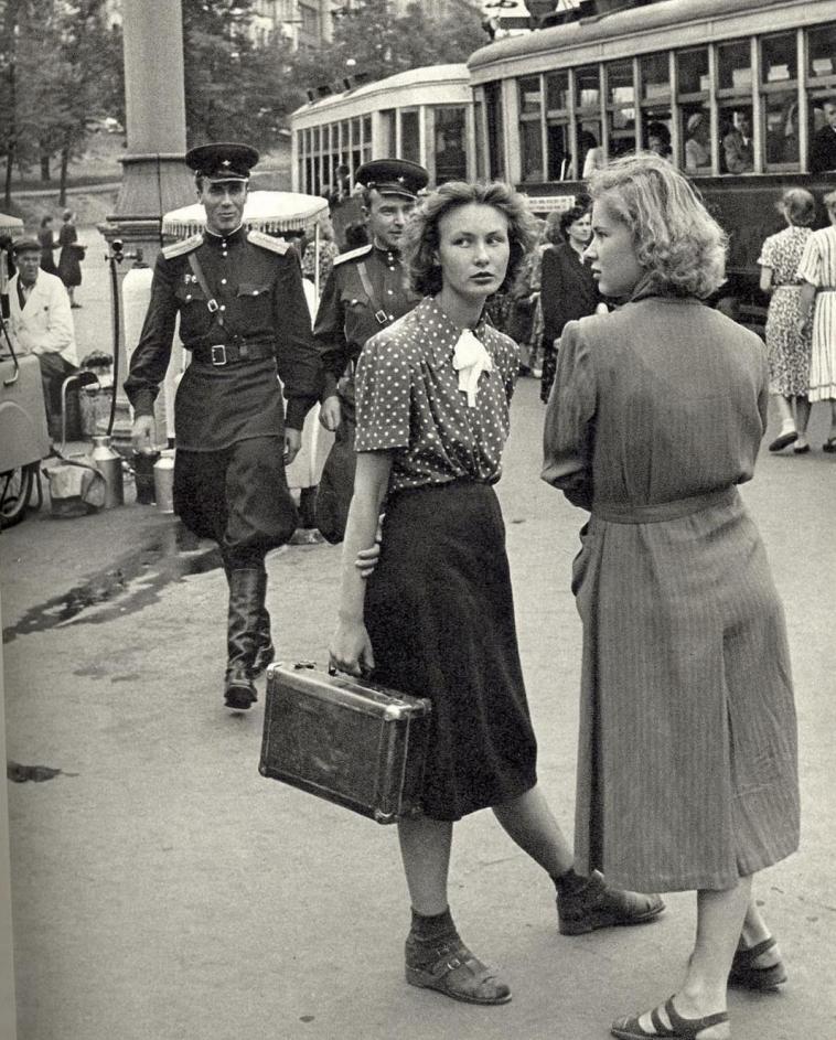 voennaya moda - Мужские кальсоны и белье из парашютов: что носили женщины во время Великой Отечественной войны