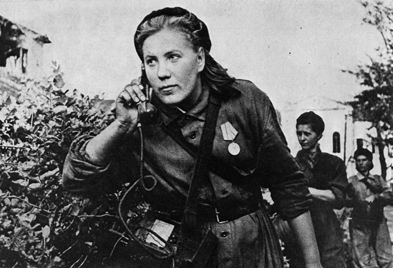 zhenshhiny - Мужские кальсоны и белье из парашютов: что носили женщины во время Великой Отечественной войны