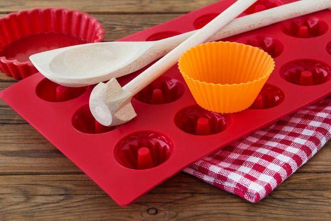 silikonovye formy - Опасная посуда, которая нас отравляет. Проверьте свой кухонный набор!