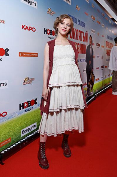 Лучшие образы беременной Лизы Арзамасовой